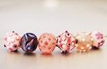 Beispiel: Halskette mit Rosa-Mix Muranoglasperlen und Drahtseilkette.