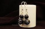 """""""flower-night"""" Ohrringe mit schwarzen Perlen aus BullseyeGlass, Silber 925. (Verkauft nach Wattenwil/BE)"""