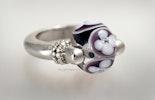 """Purple-Love"" Fingerring mit Glasperle Klarglas/Violett/Weiss"