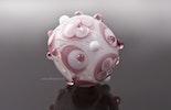 """""""Zartrosa"""" Blümchen-Glasperle Grundperle ist Klarglas mit weiss/hellblauem Muster Durchmesser ca.24mm"""